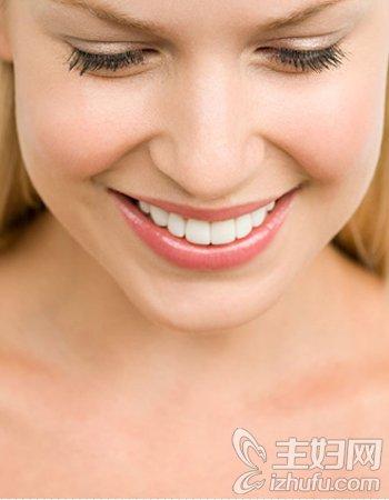 资讯达人支招助你牙齿美白 绽放自信魅力笑容